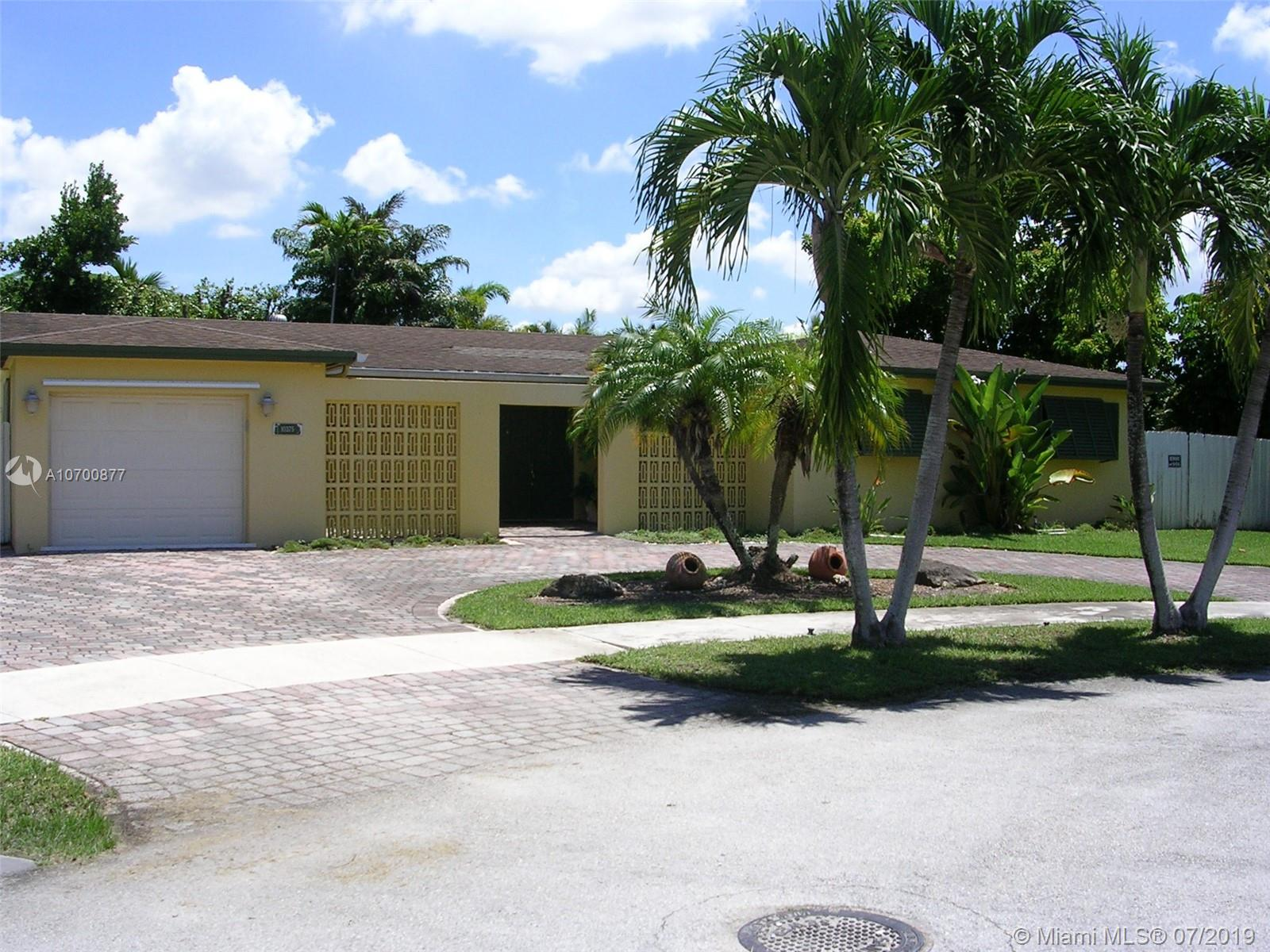 10375 SW 97th Ter, Kendall in Miami-dade County County, FL 33176 Home for Sale