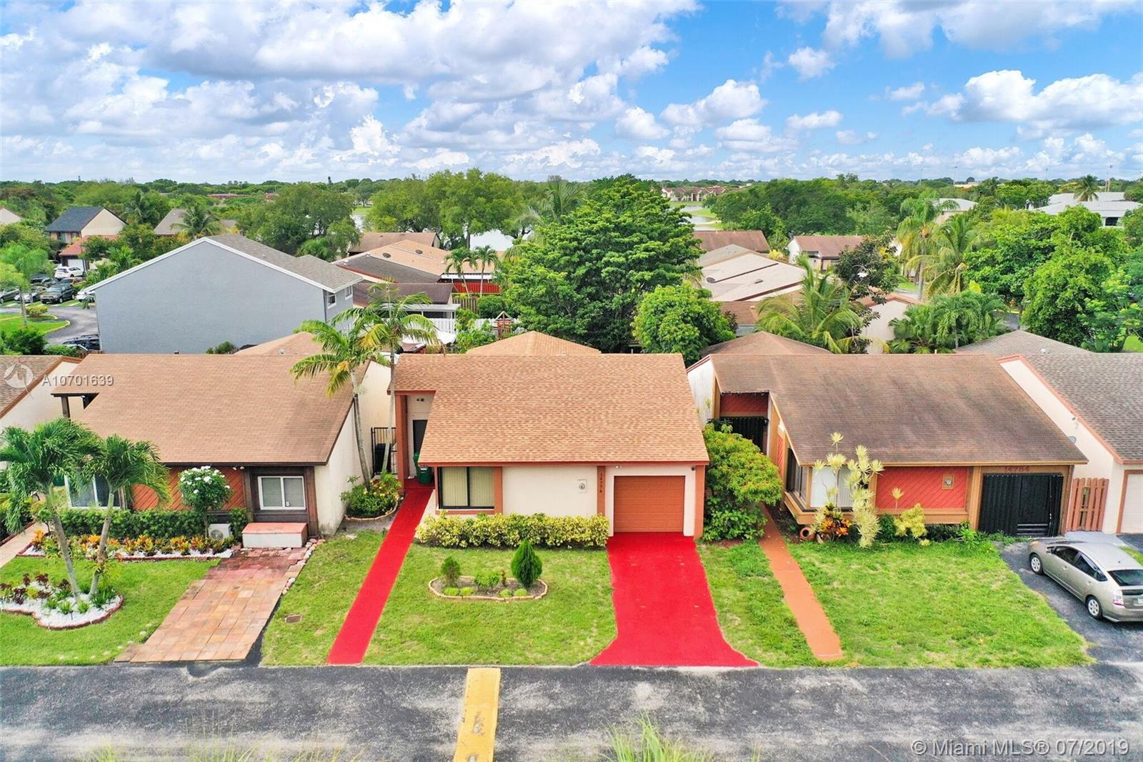 14774 SW 97th Ter, Kendall in Miami-dade County County, FL 33196 Home for Sale