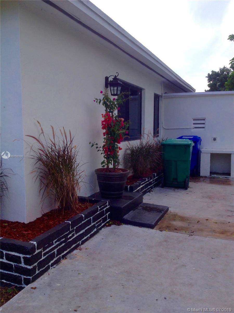 40 NW 65th St - photo 23