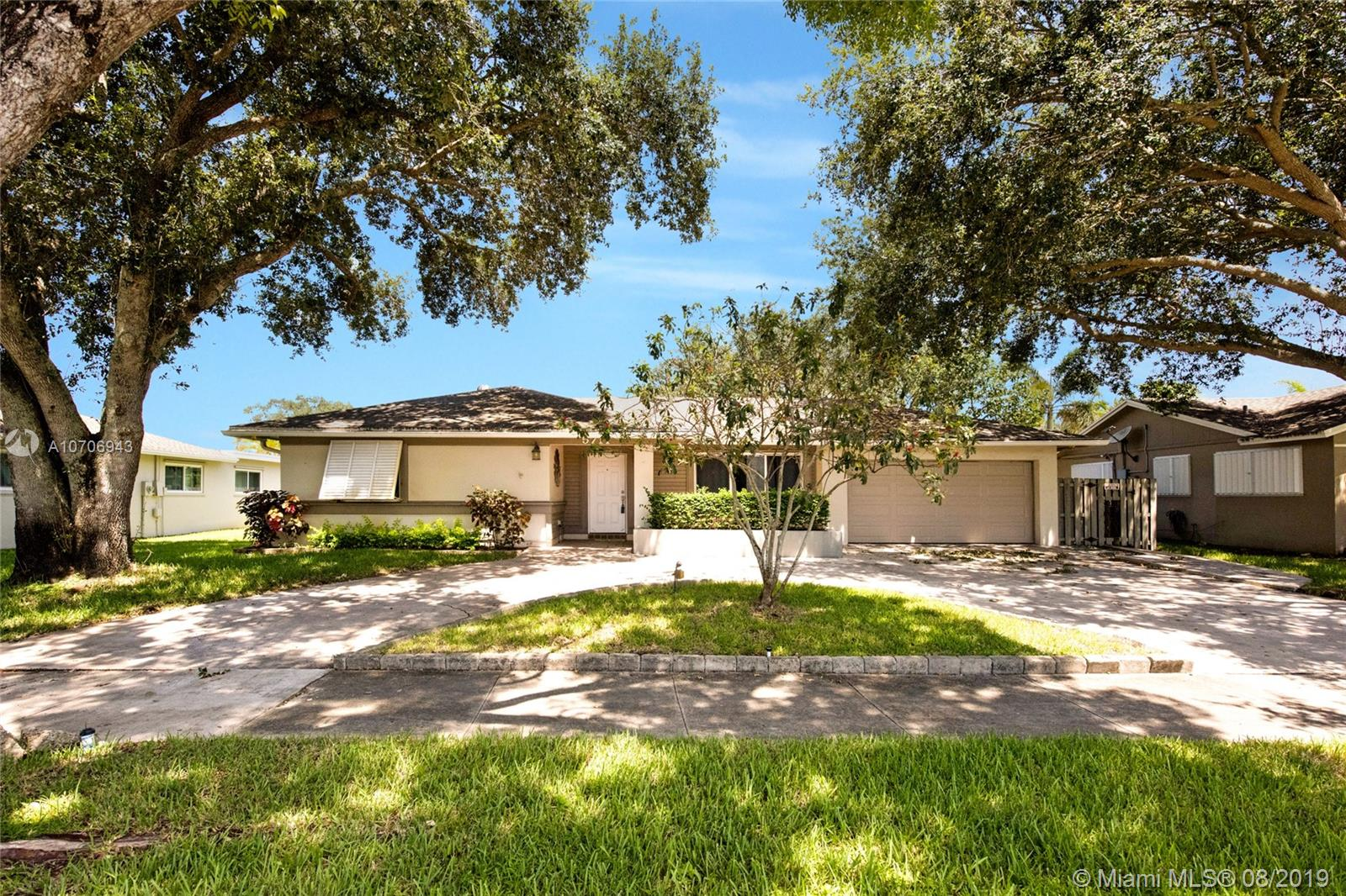 5711 SW 118th Ave 33330 - One of Cooper City Homes for Sale