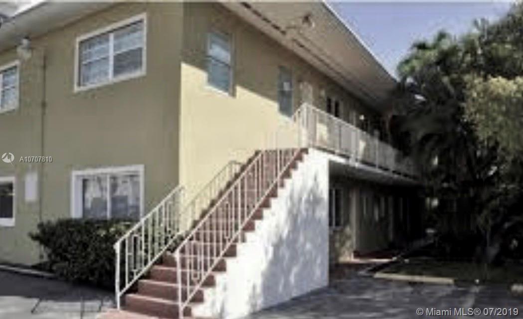 3071 Sw 27th Ave Miami, FL 33133