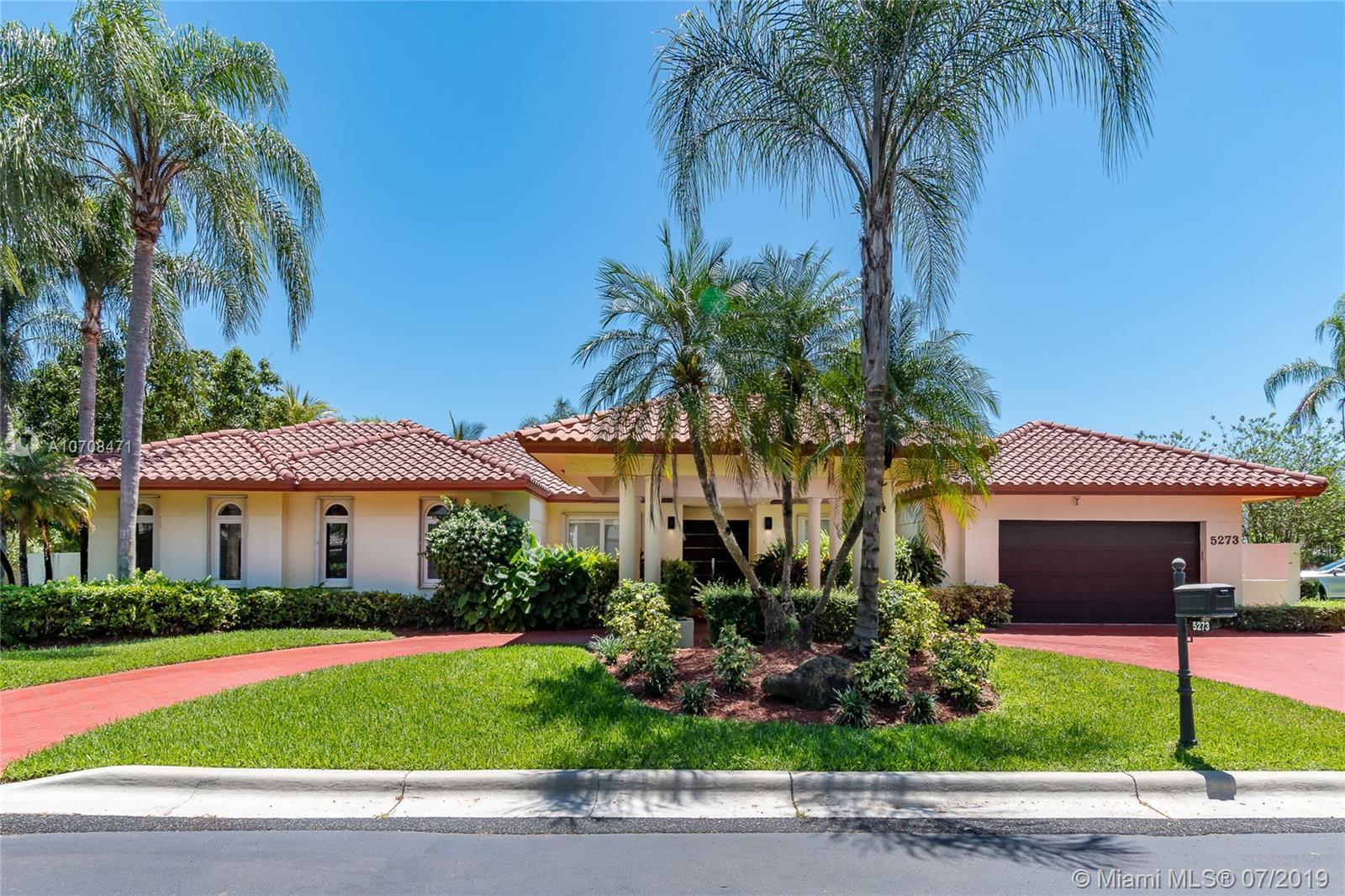 5273 NW 94th Doral Pl, Doral, Florida