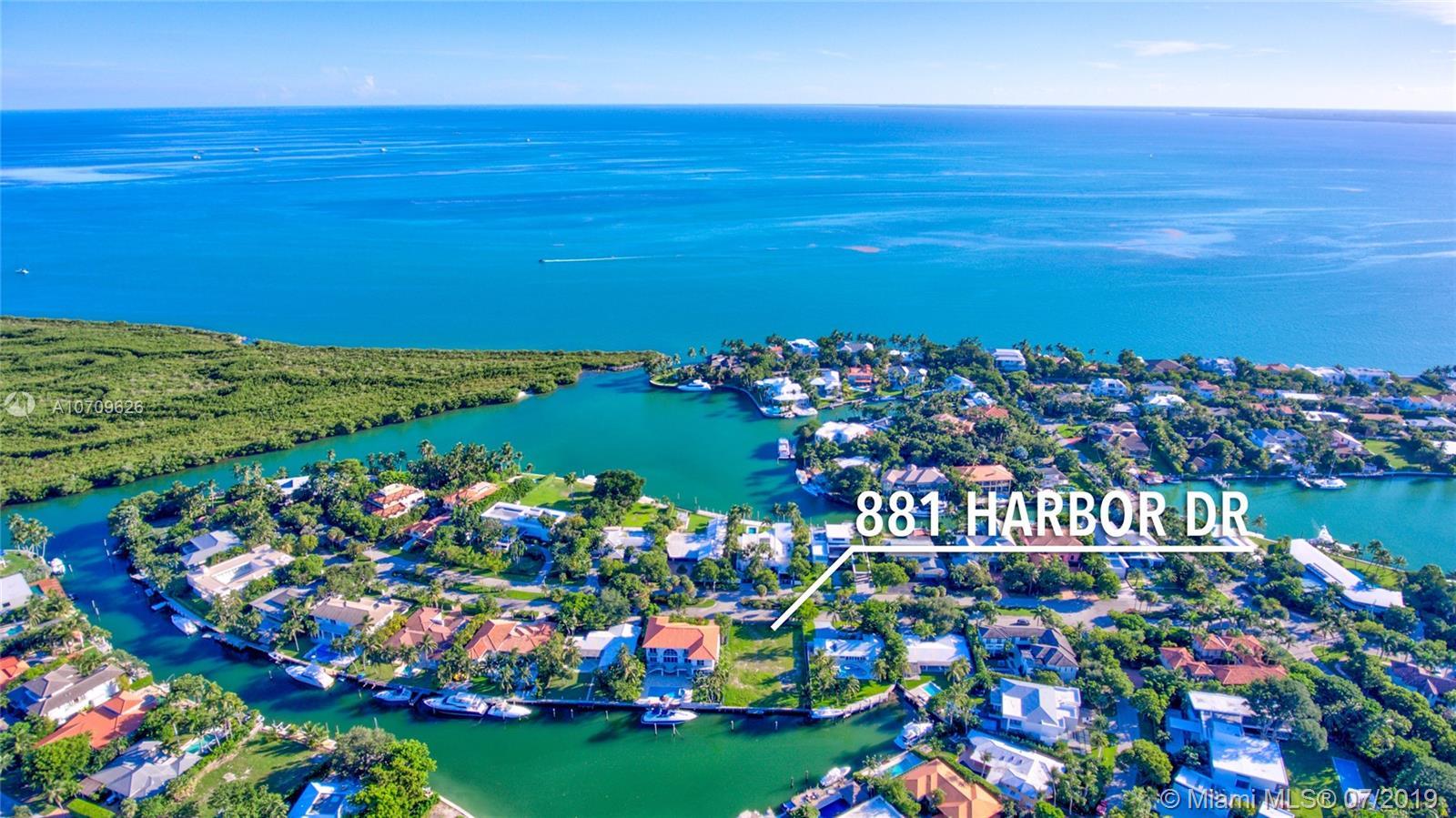 881 Harbor Dr, Key Biscayne, Florida