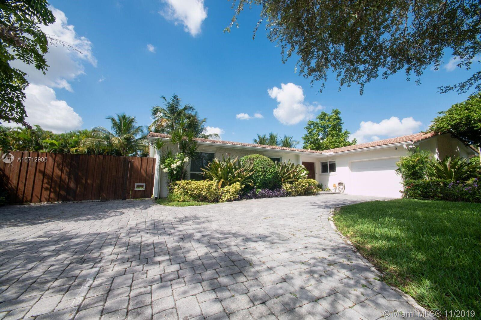 10420 SW 99th St, Kendall in Miami-dade County County, FL 33176 Home for Sale