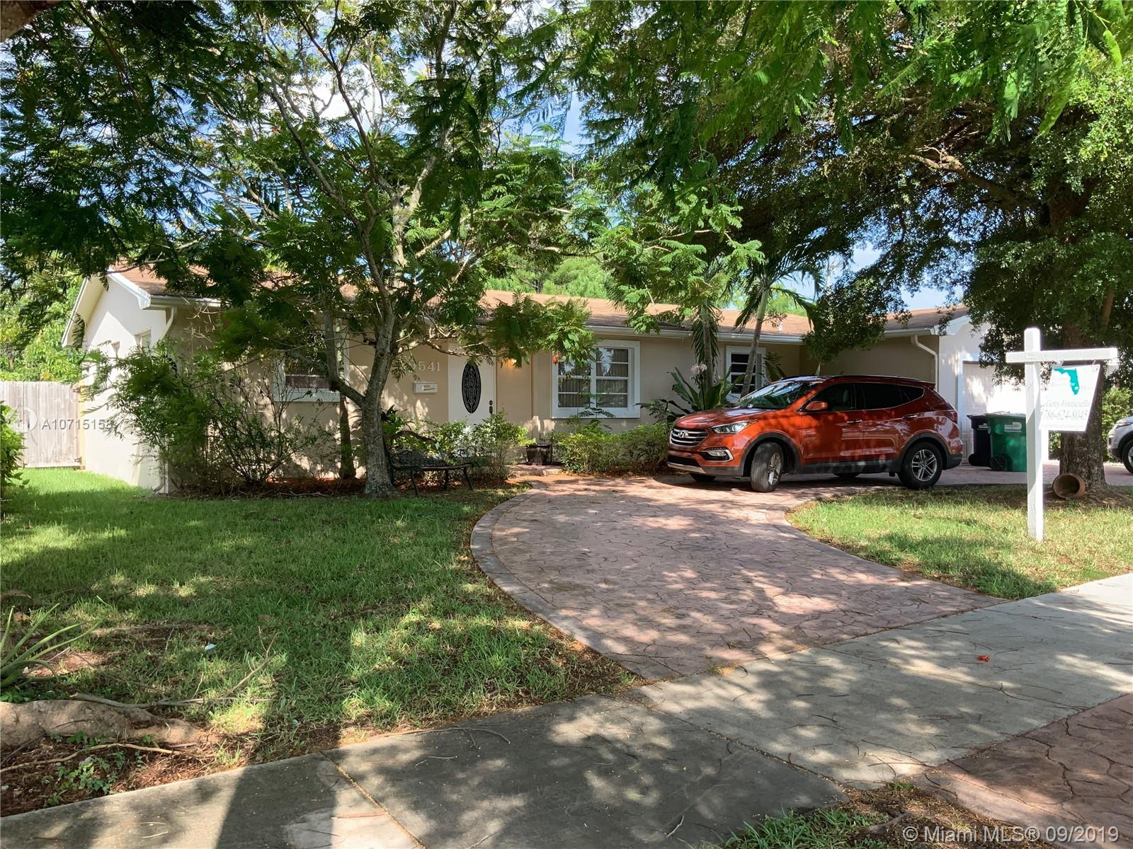 19541 Franjo Rd, Kendall in Miami-dade County County, FL 33157 Home for Sale