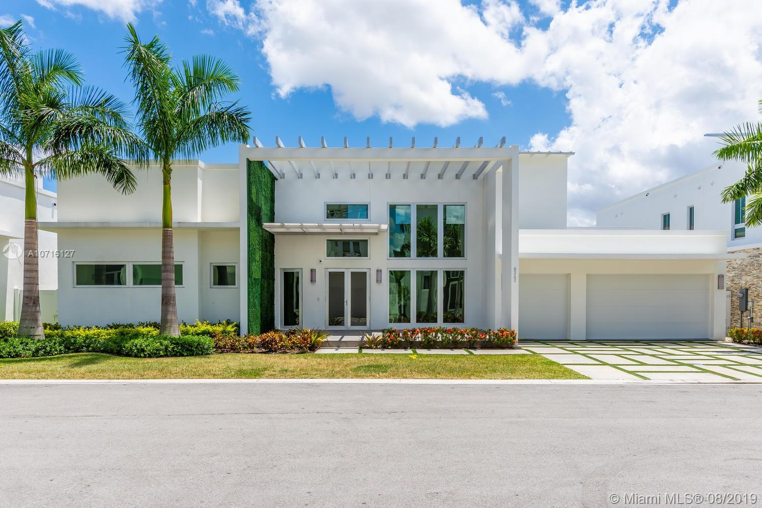 8262 NW 34th st, Doral, Florida