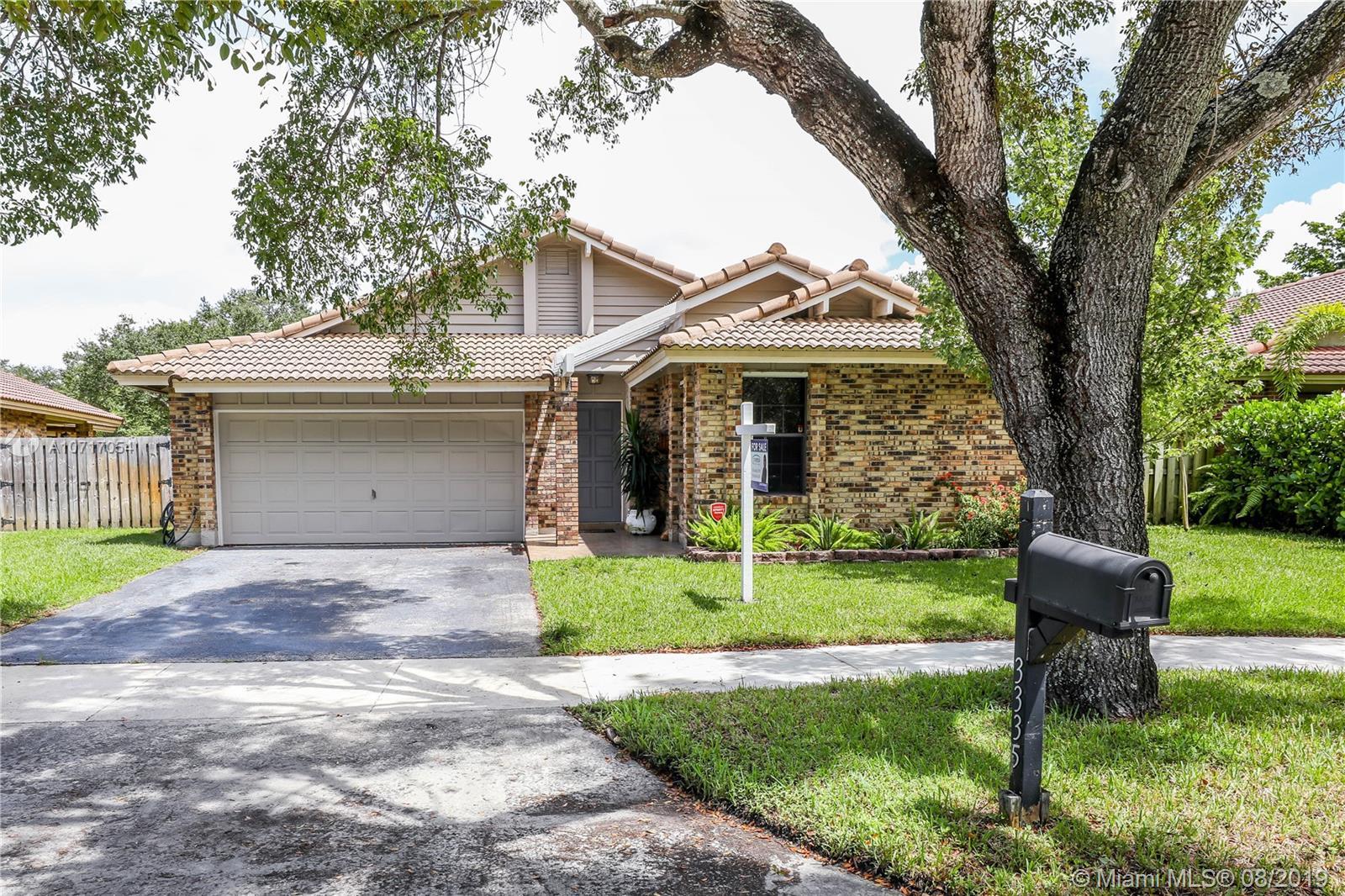 3335 E Point Dr, Cooper City, Florida