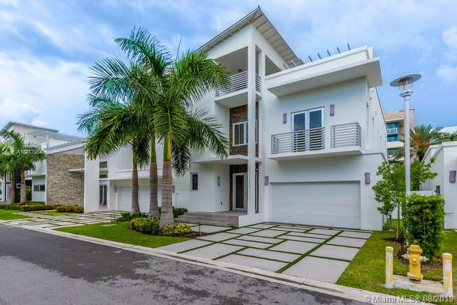 3450 NW 84th Ct, Doral, Florida