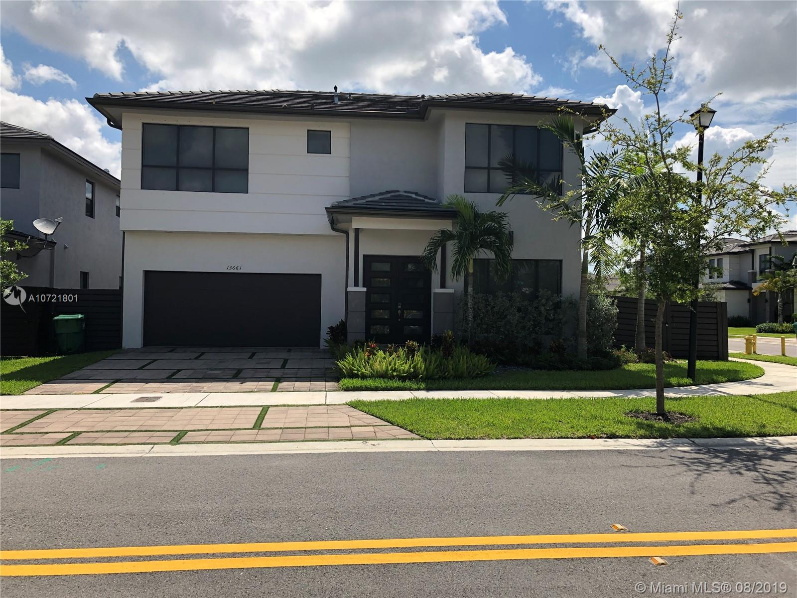 13661 SW 160th ct, Kendall, Florida