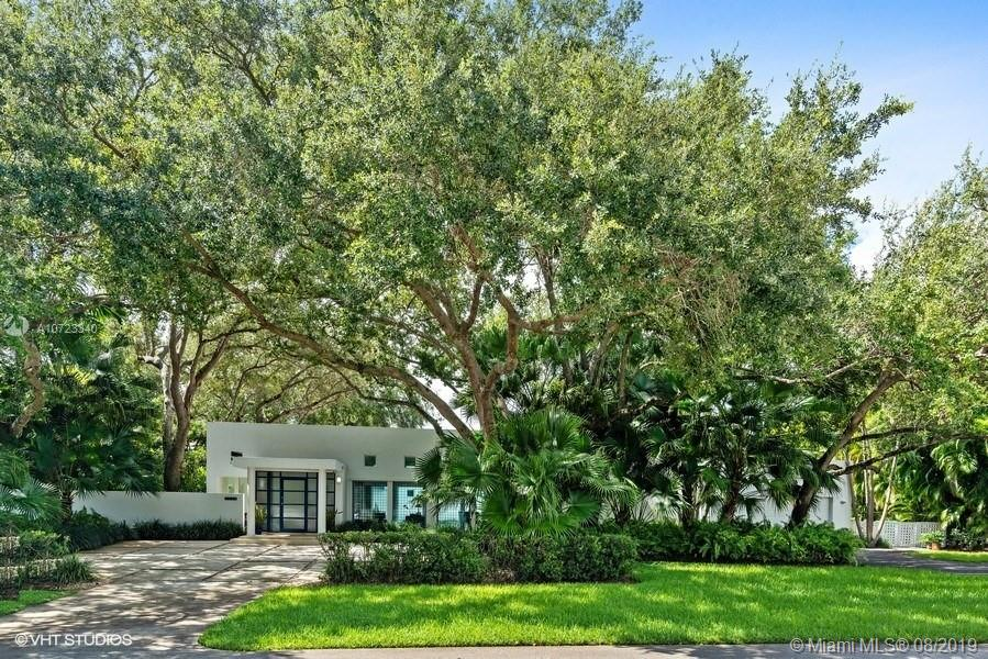 8750 SW 106th St, Kendall, Florida