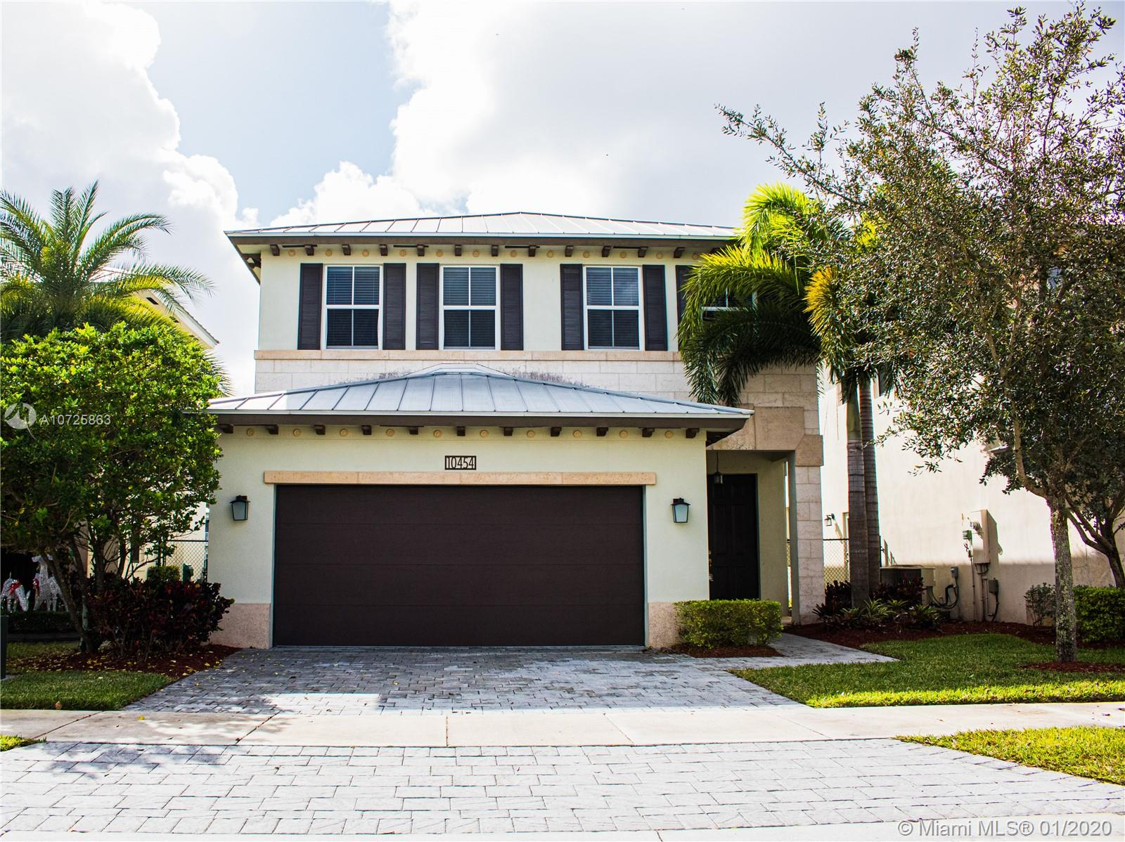 10454 NW 70 LN, Doral in Miami-dade County County, FL 33178 Home for Sale