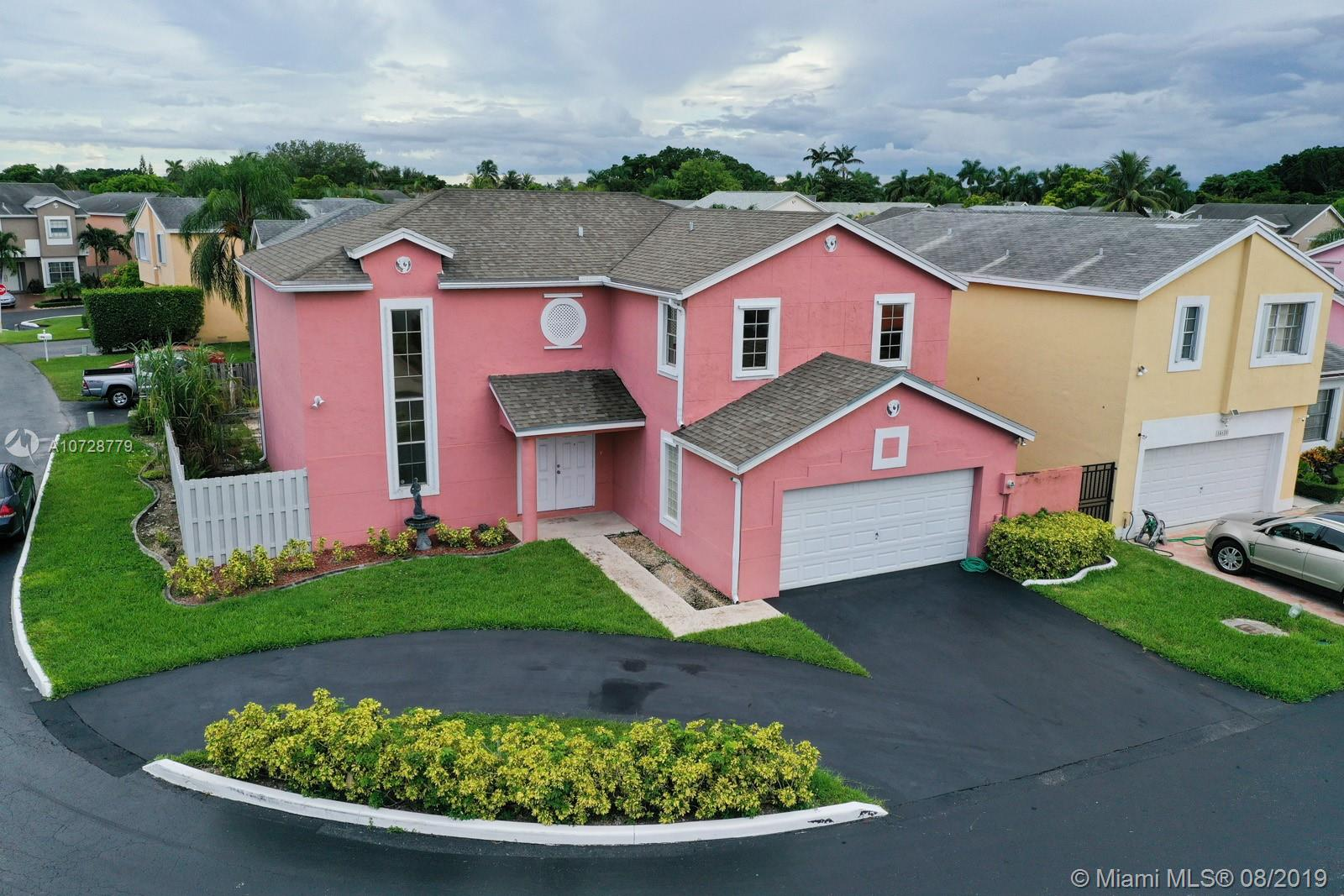 14610 SW 94th Ter, Kendall in Miami-dade County County, FL 33186 Home for Sale