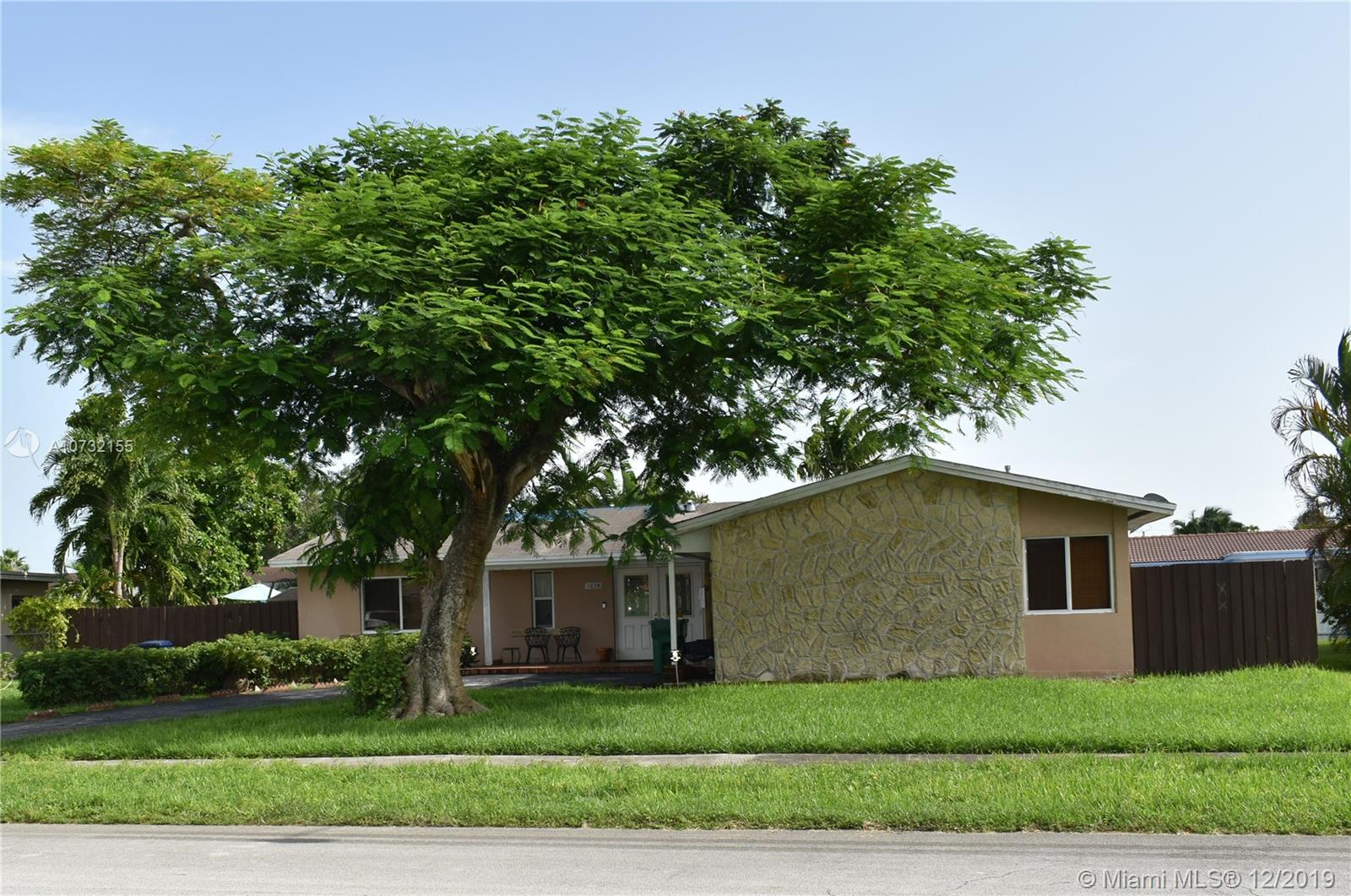 3270 SW 118th Ct, Kendall, Florida