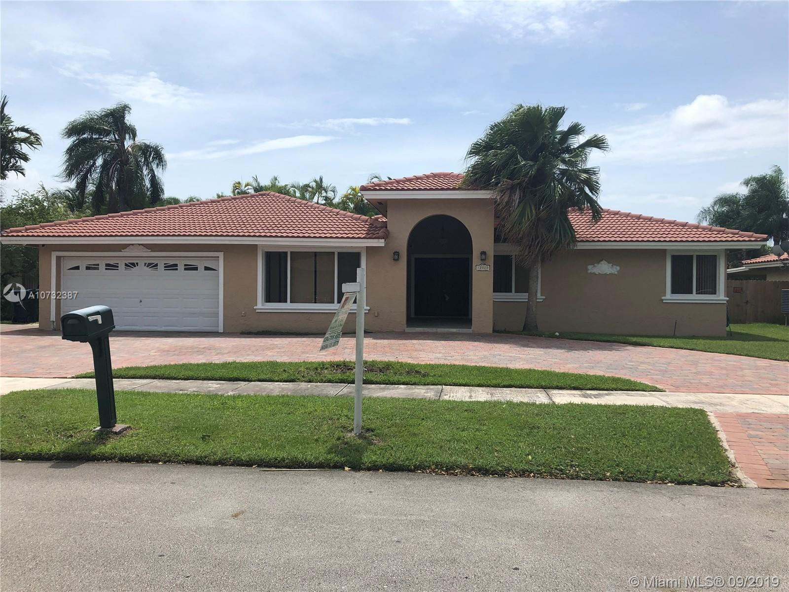 12020 SW 97th Ter, Kendall in Miami-dade County County, FL 33186 Home for Sale