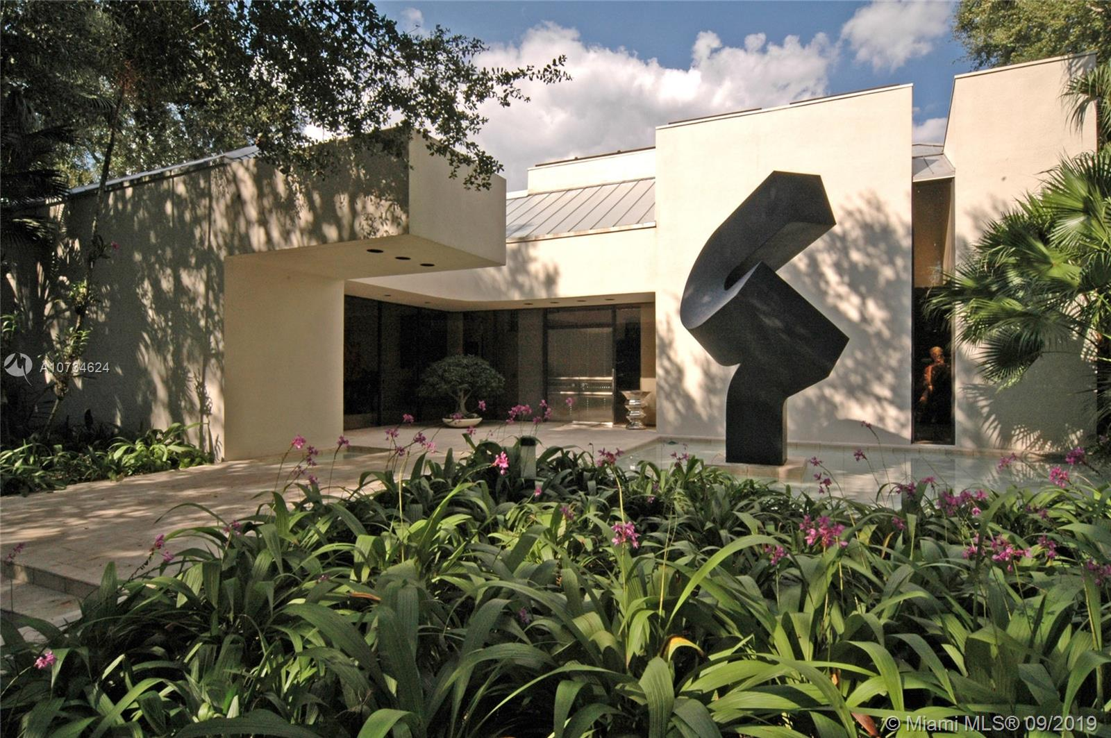 5105 SW 82nd St, Coral Gables, Florida