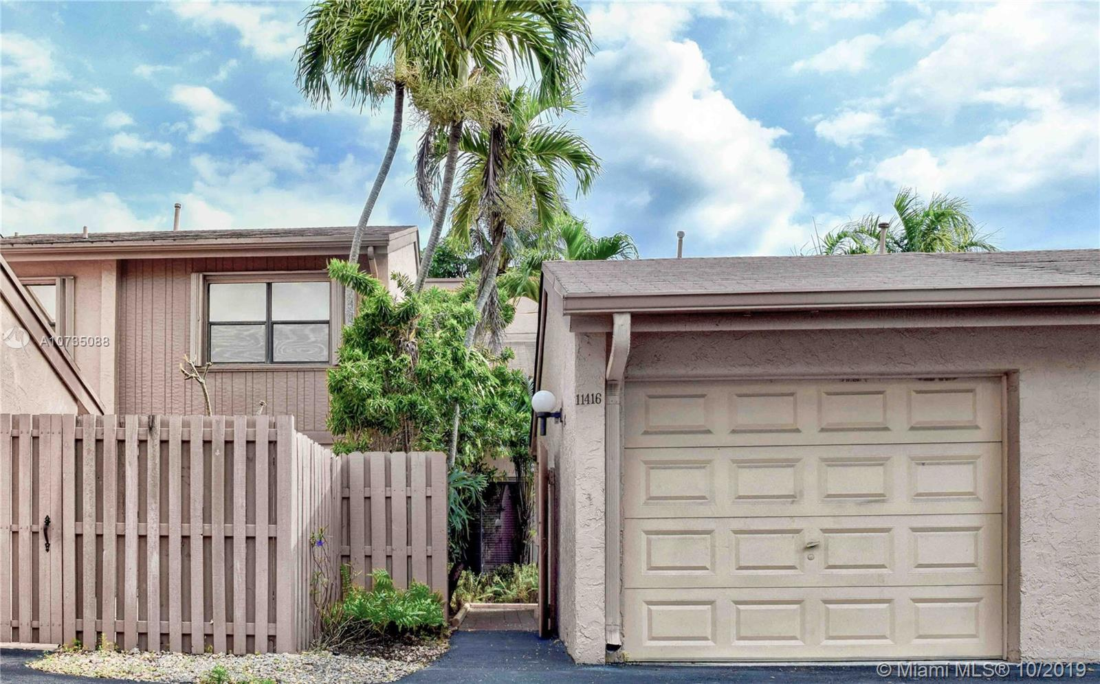 11416 SW 110 LN, Kendall in Miami-dade County County, FL 33176 Home for Sale