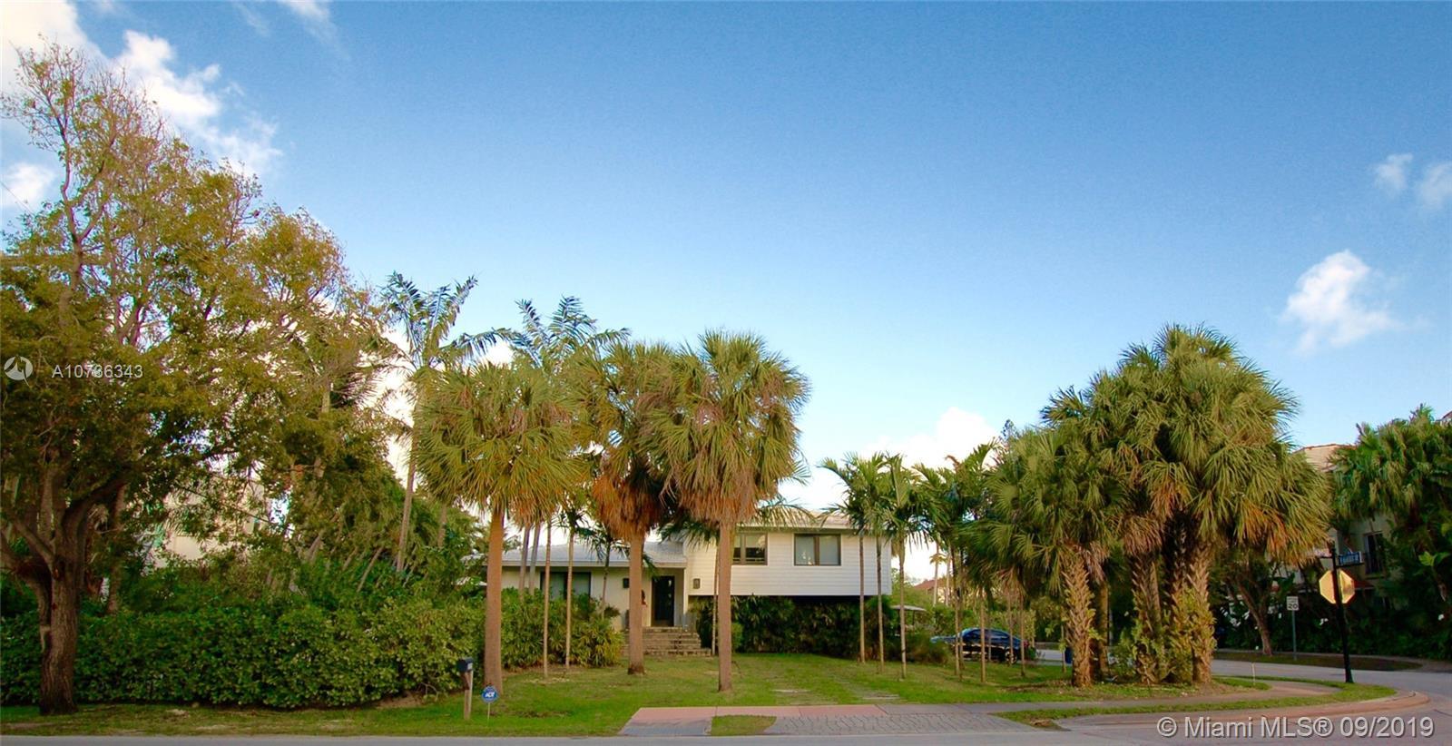 375 Harbor Dr, Key Biscayne, Florida