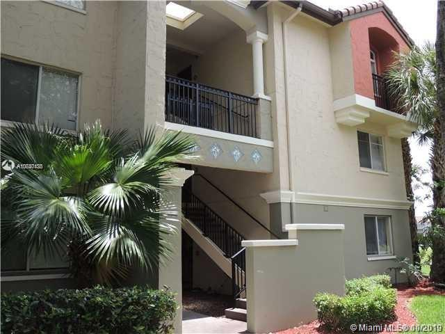 4555 NW 99, Doral, Florida
