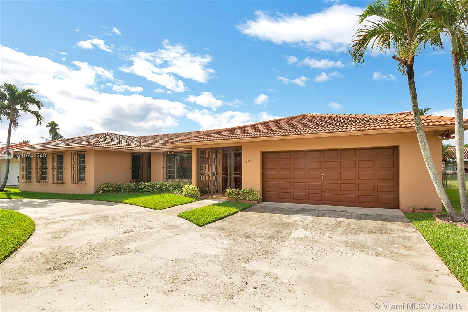 9310 SW 70th St, Kendall, Florida