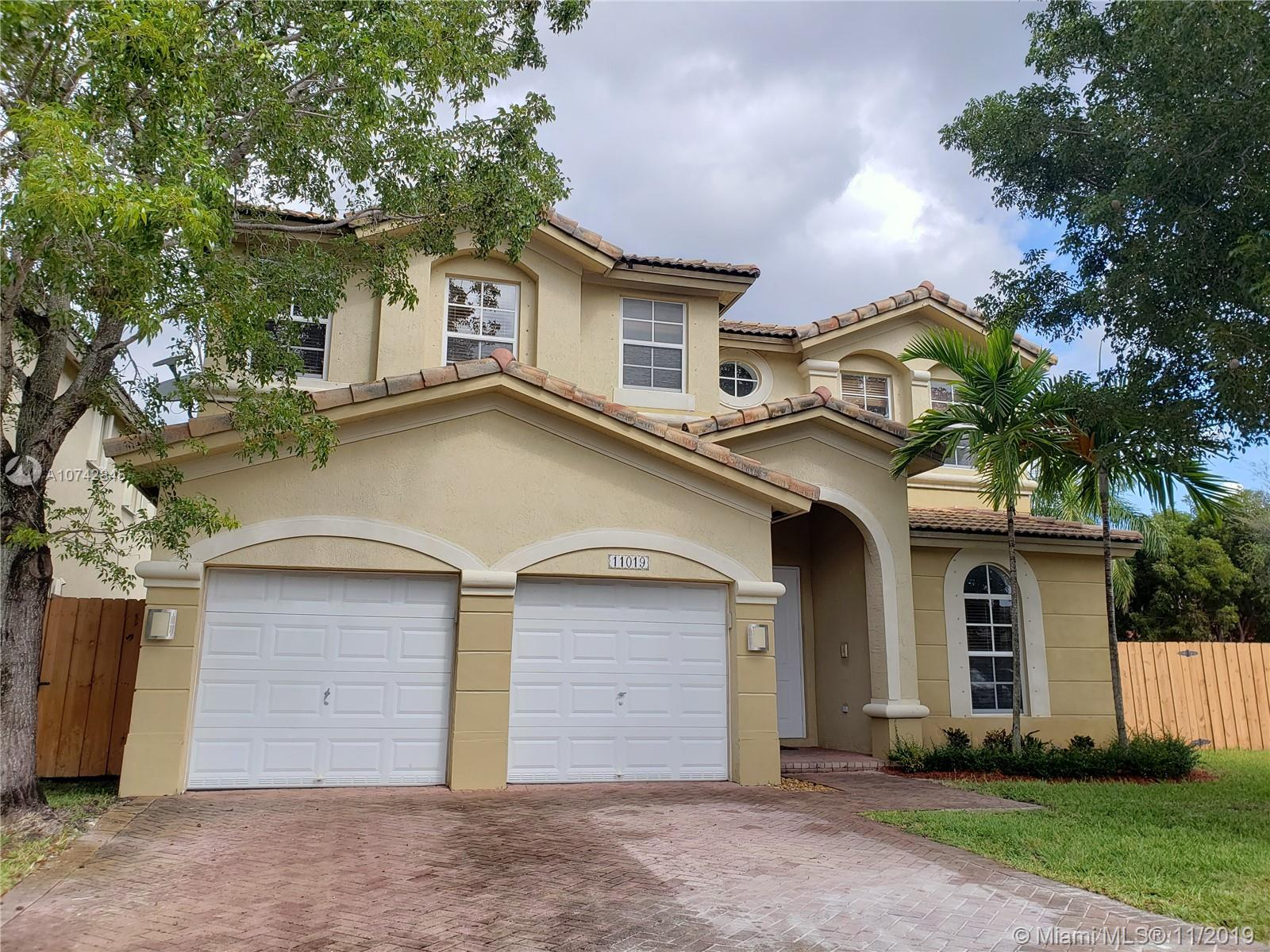 11019 NW 84th St, Doral in Miami-dade County County, FL 33178 Home for Sale