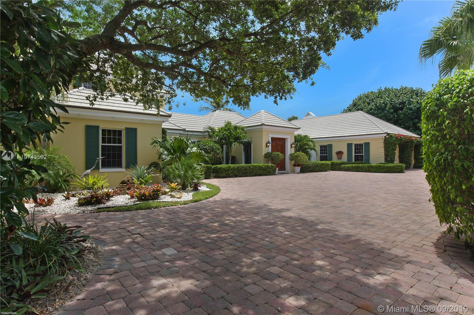 123 Gomez Rd, Hobe Sound, Florida