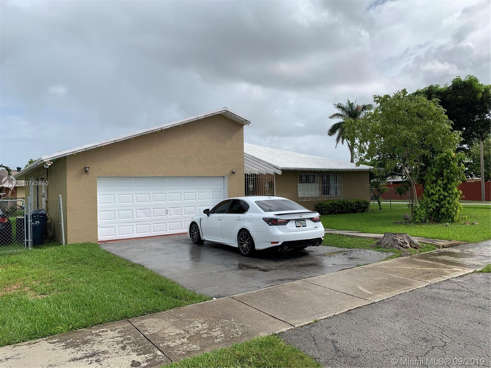 10501 SW 166th St, Kendall in Miami-dade County County, FL 33157 Home for Sale