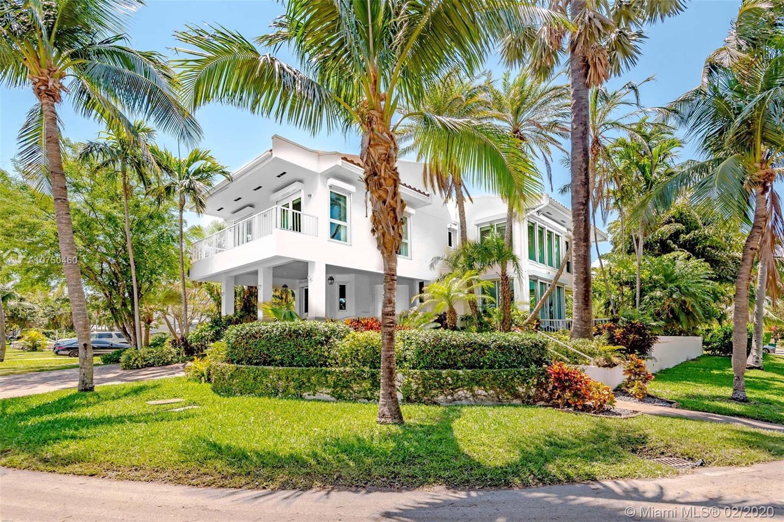650 Curtiswood Dr, Key Biscayne, Florida