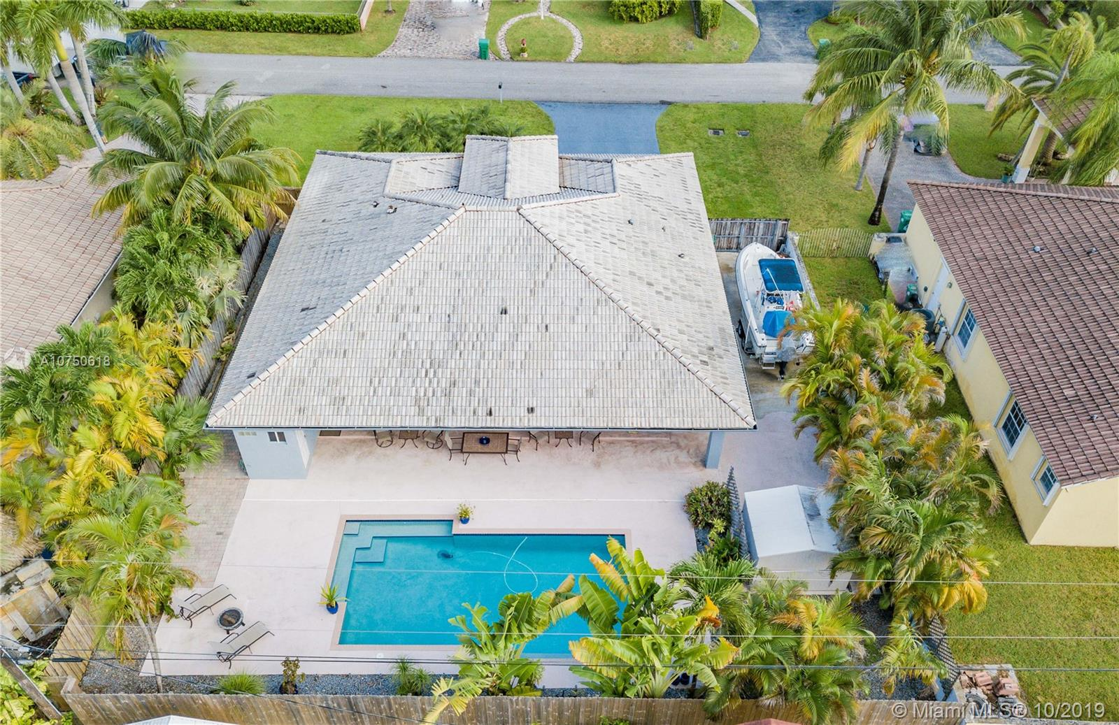 9960 NW 27th Ter, Doral, Florida
