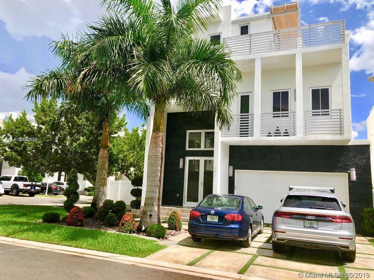 8293 NW 33rd Ter, Doral, Florida