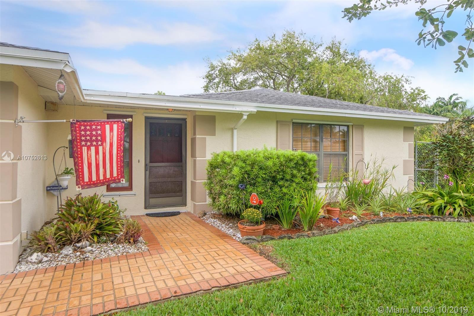 8521 SW 181st St, Kendall in Miami-dade County County, FL 33157 Home for Sale