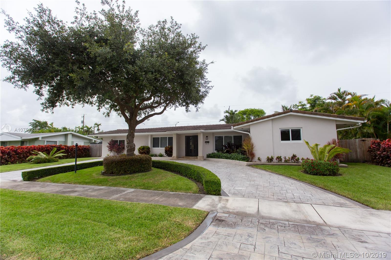One of Kendall 4 Bedroom Homes for Sale at 8621 SW 87th Ct