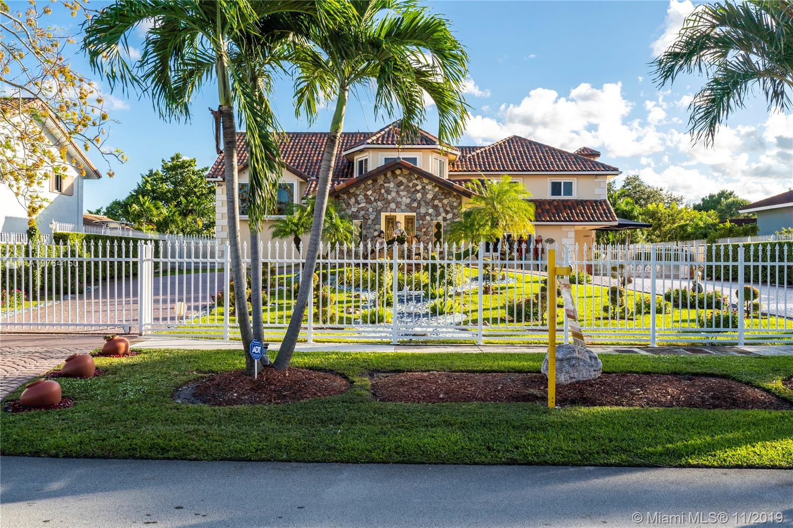 14020 SW 34th St, Kendall in Miami-dade County County, FL 33175 Home for Sale