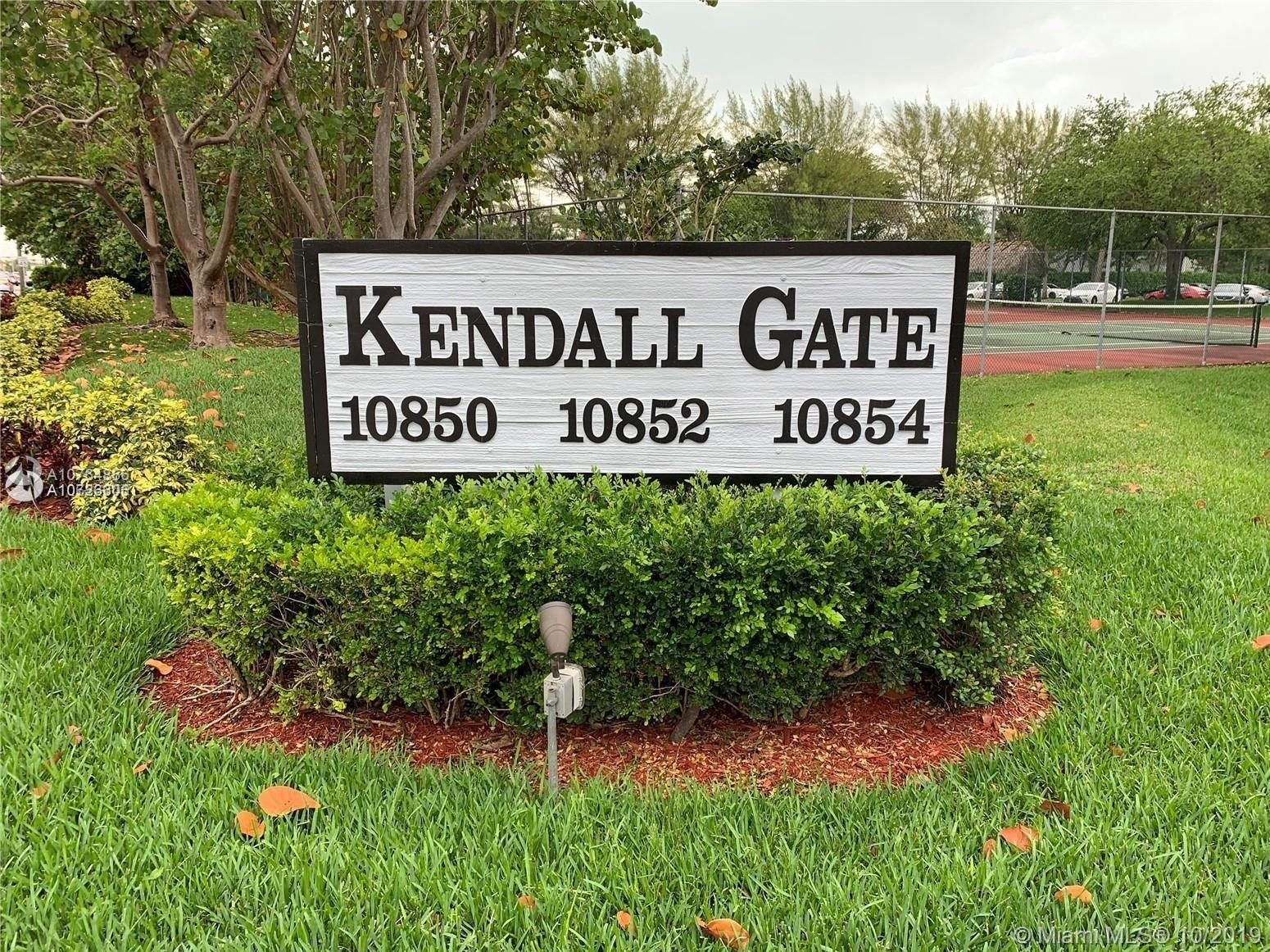 10852 N Kendall Dr, Kendall in Miami-dade County County, FL 33176 Home for Sale