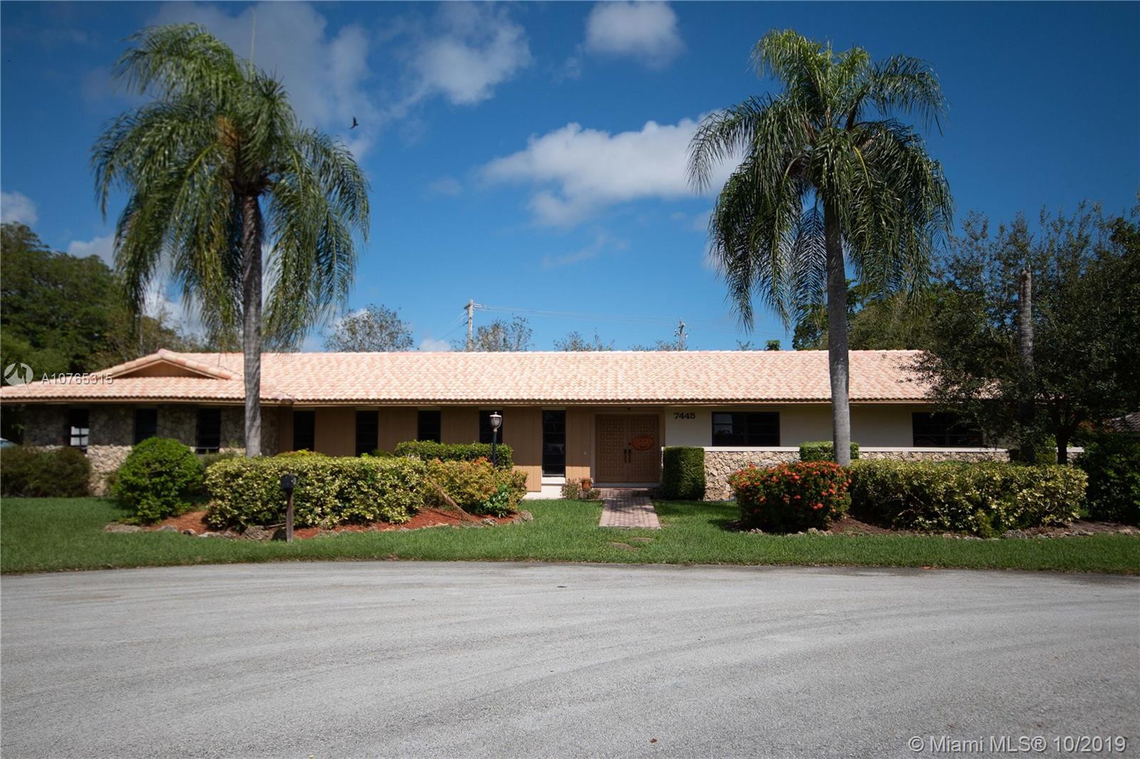 7445 SW 144th Ter, Kendall, Florida