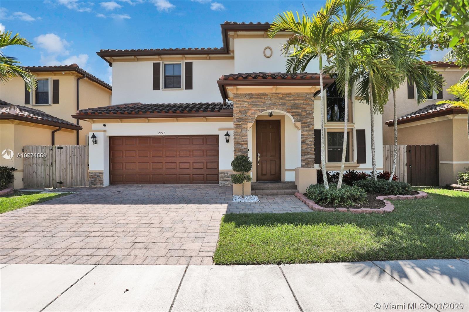 2742 NE 1st St, Homestead, Florida