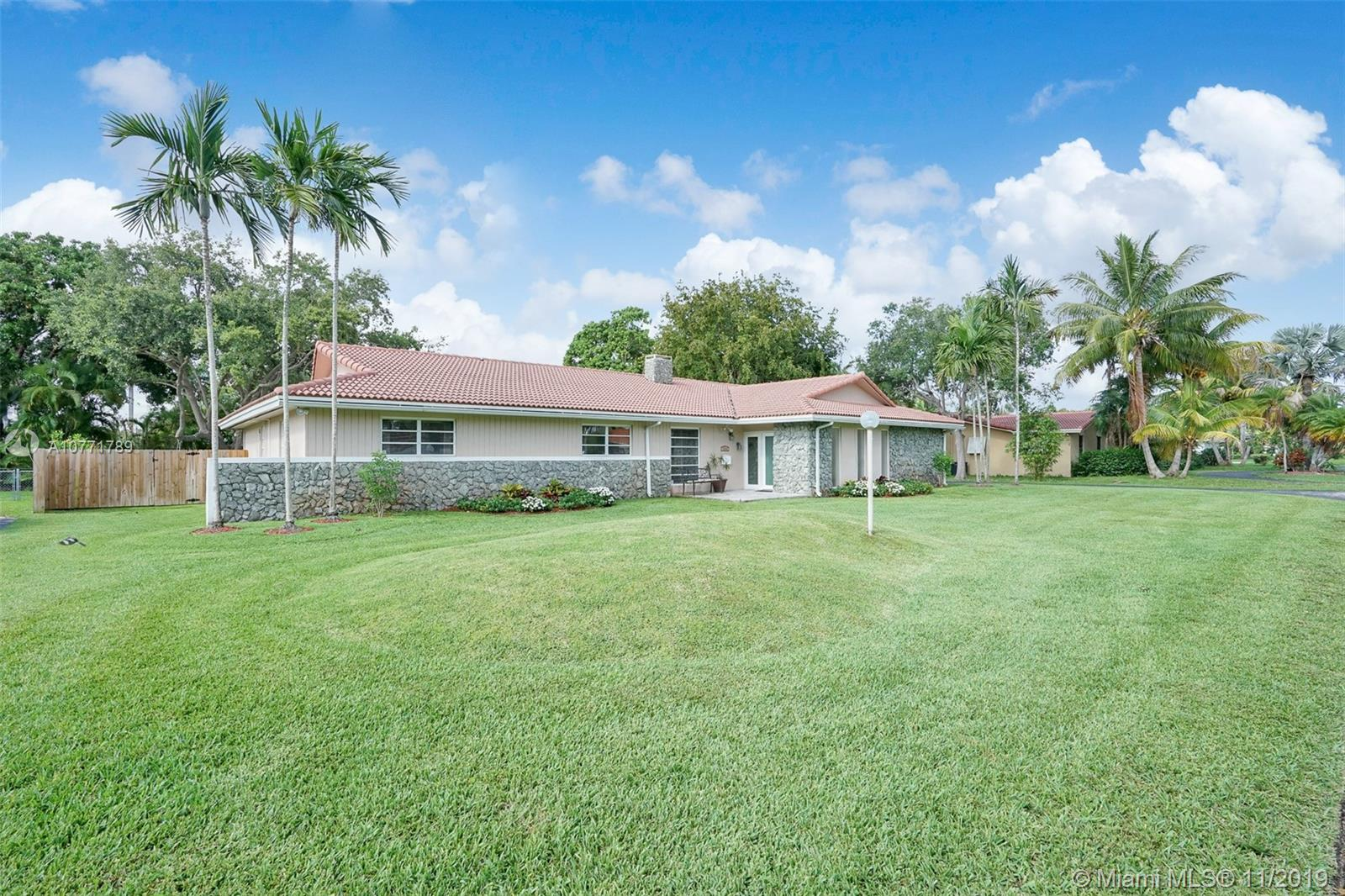 7834 SW 165th St, Kendall in Miami-dade County County, FL 33157 Home for Sale