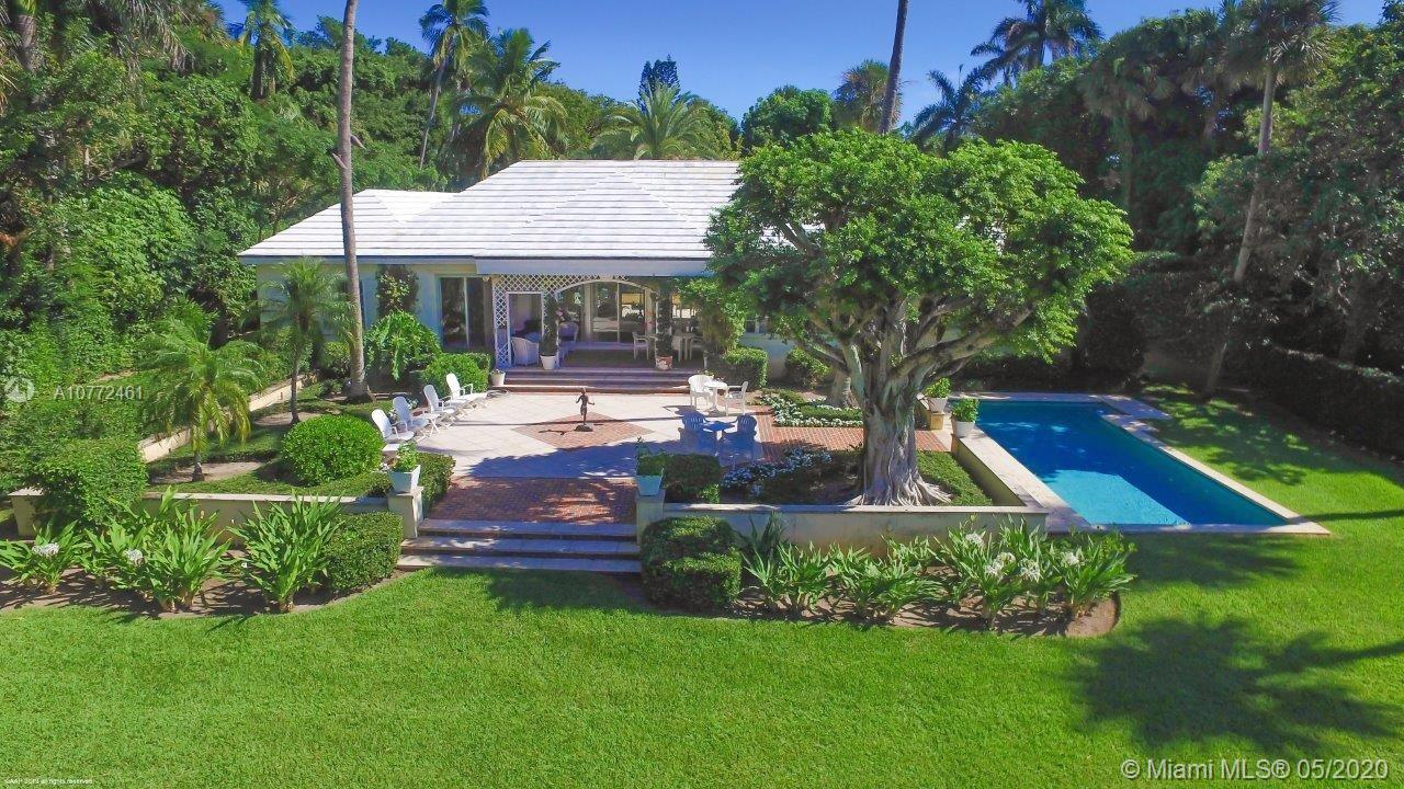 400 S Beach Rd, one of homes for sale in Hobe Sound