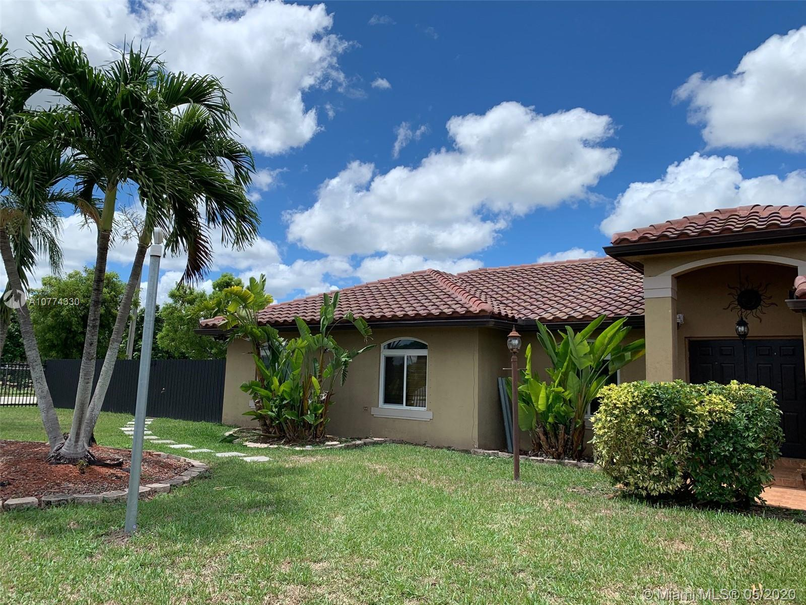 15493 SW 278th St, Homestead, Florida