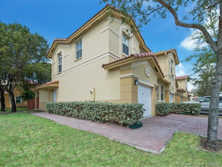 7840 NW 108th Pl, Doral, Florida