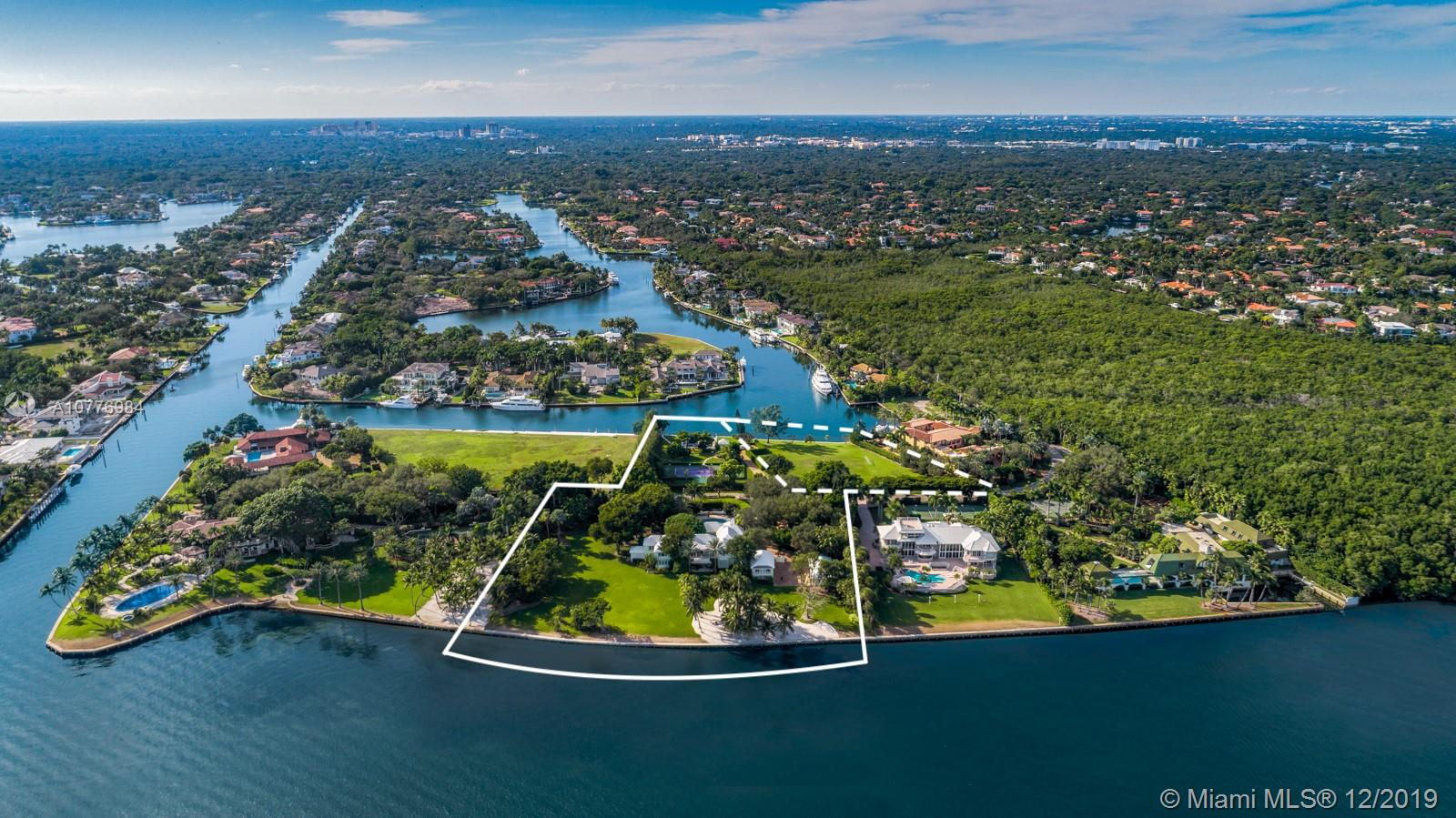 21 Casuarina Concourse, Coral Gables, Florida 9 Bedroom as one of Homes & Land Real Estate
