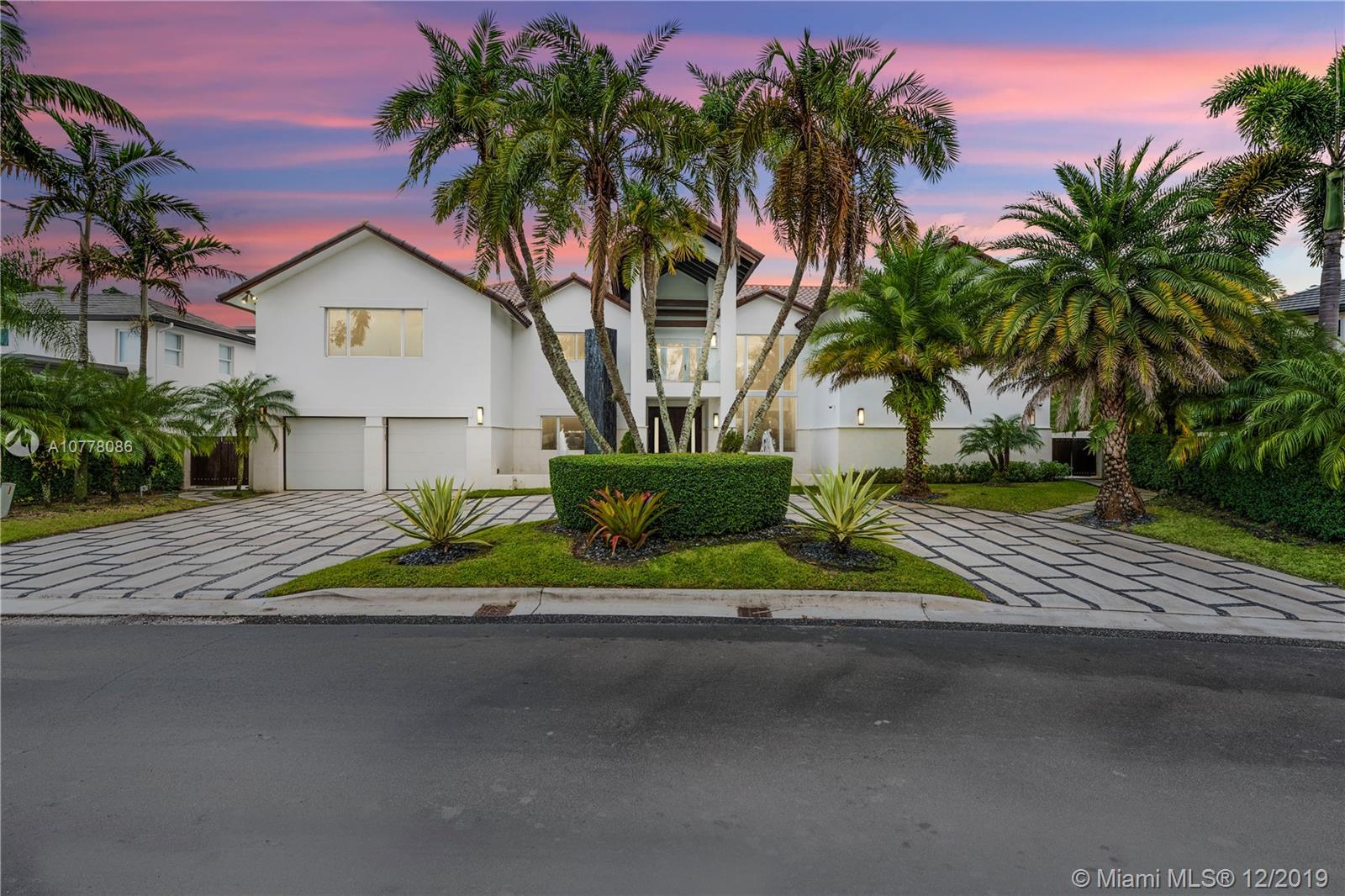 5274 NW 94th Doral Pl, Doral, Florida