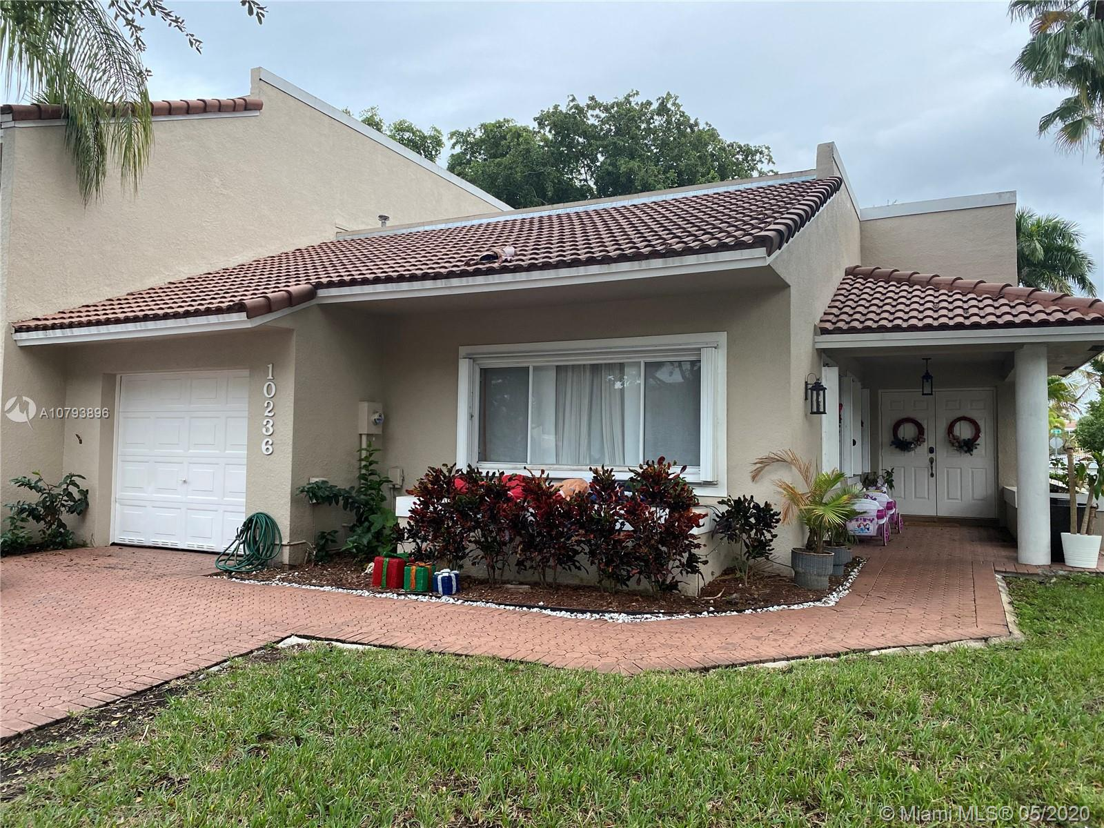 10236 NW 52nd Ter, Doral in Miami-dade County County, FL 33178 Home for Sale