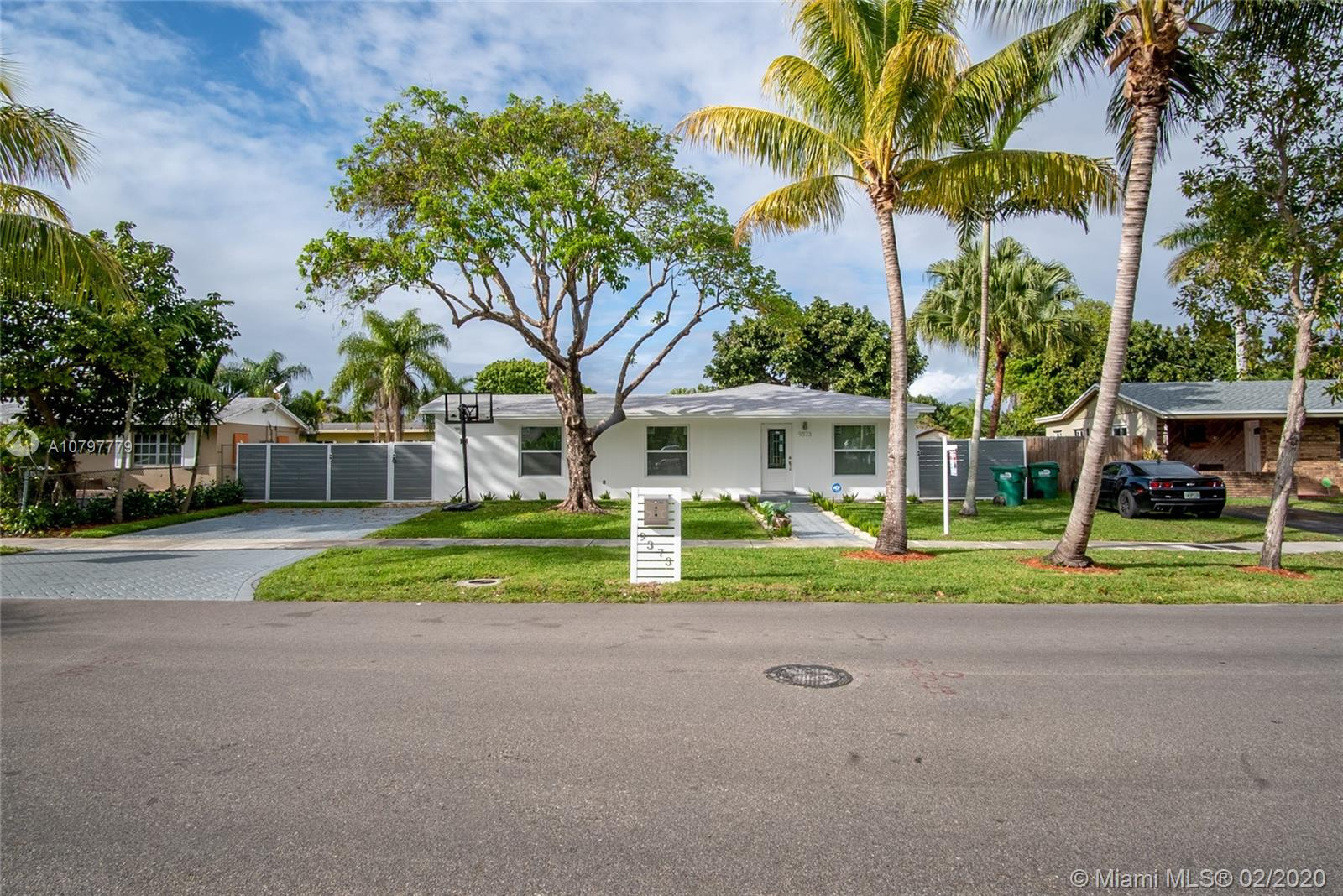 9373 Sterling Dr, Kendall in Miami-dade County County, FL 33157 Home for Sale