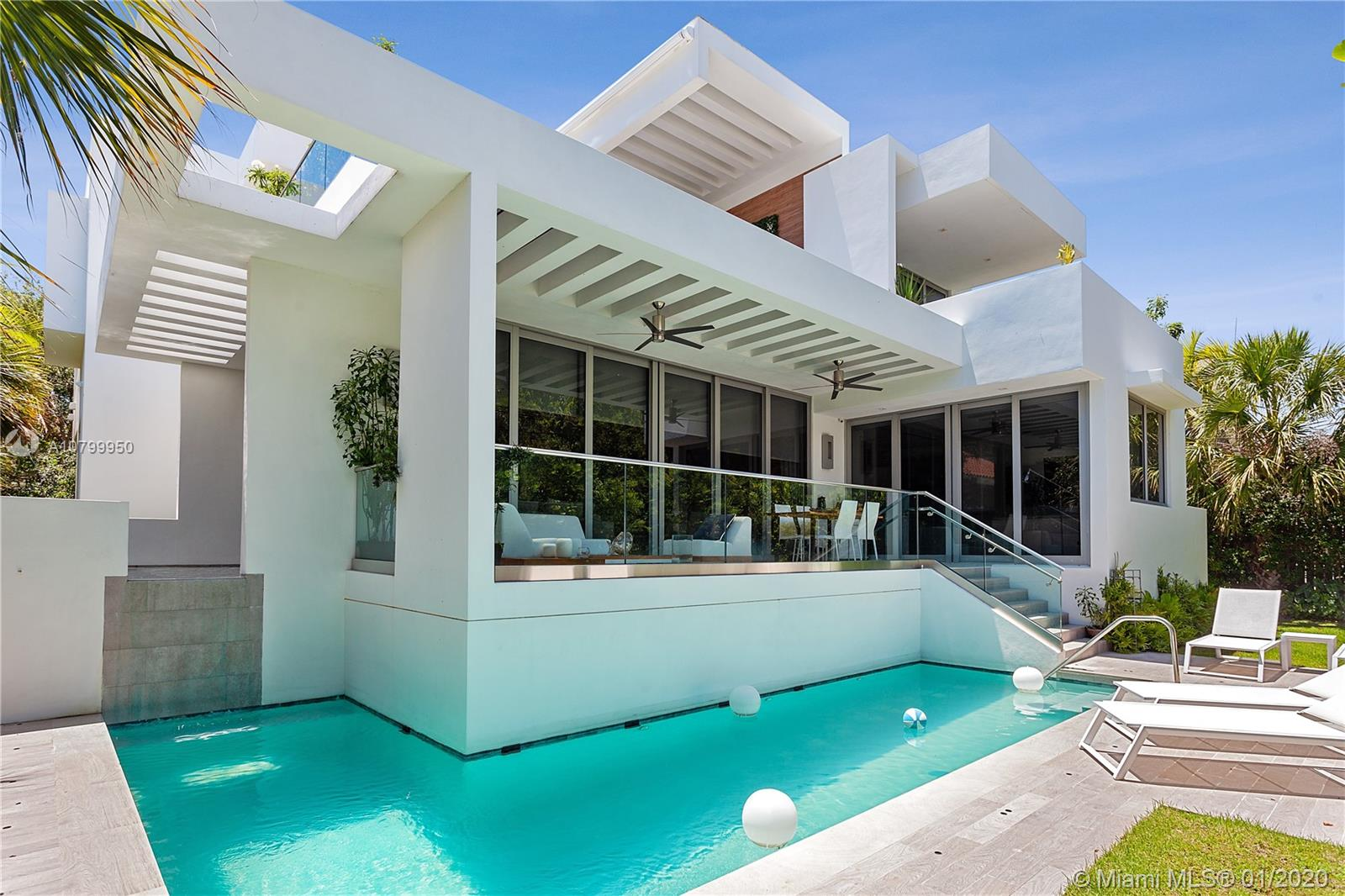 761 Glenridge Rd, Key Biscayne, Florida