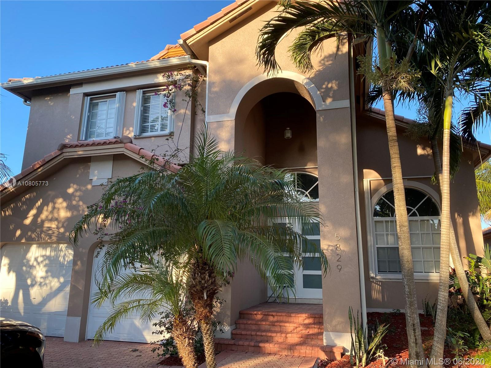 5829 NW 108th Pl, Doral in Miami-dade County County, FL 33178 Home for Sale