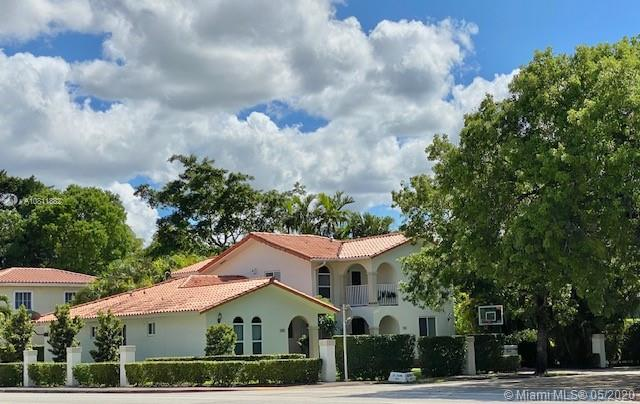 400-402 Majorca Ave--2, one of homes for sale in Coral Gables