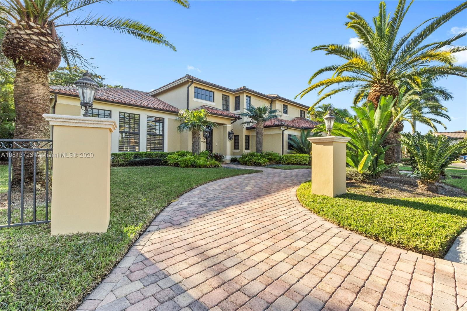 9439 NW 54th Doral Cir Ln, Doral, Florida 4 Bedroom as one of Homes & Land Real Estate