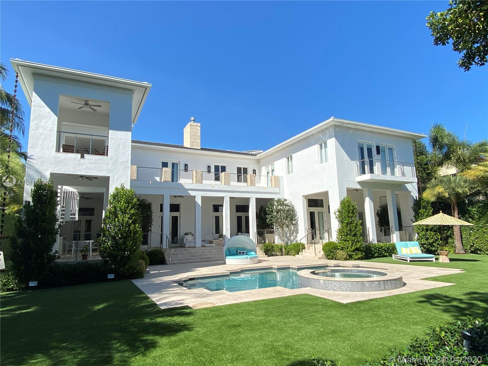 272 Marinero Ct, one of homes for sale in Coral Gables