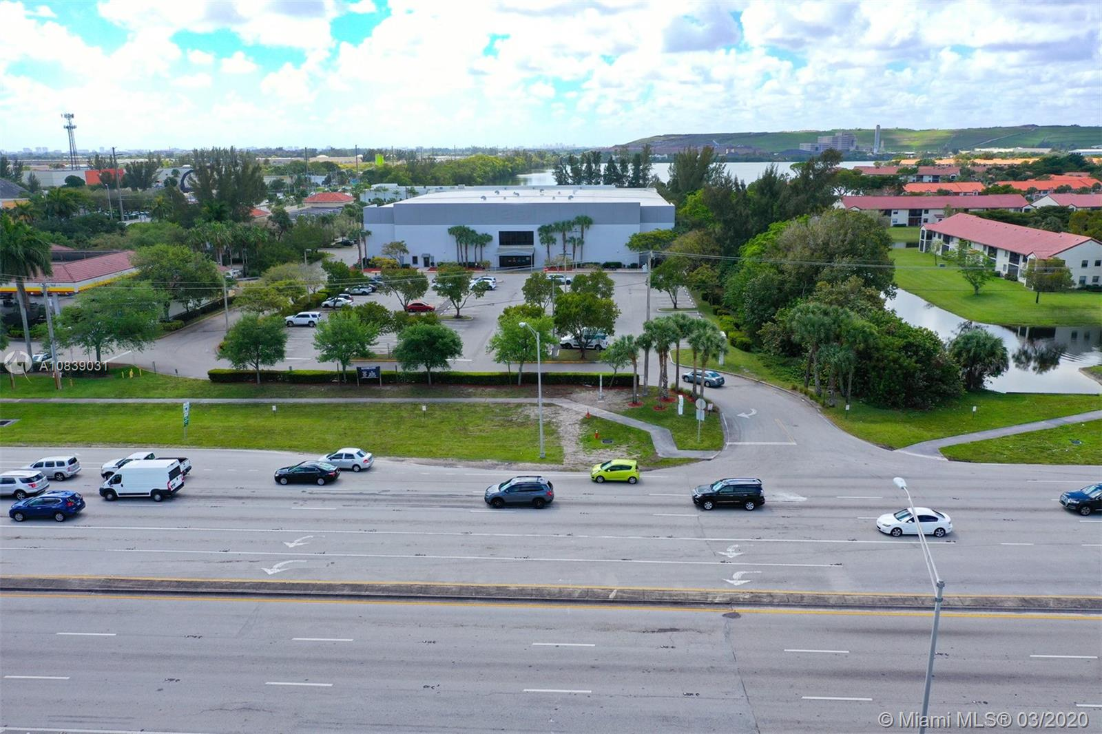 3650 SW 10th St Deerfield Beach, FL