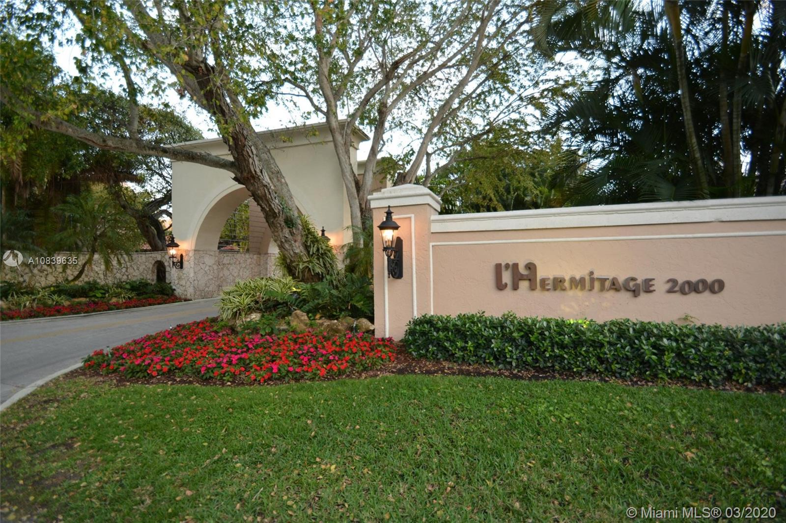 2000 S Bayshore Dr  Unit#13, Coral Gables in Miami-dade County County, FL 33133 Home for Sale